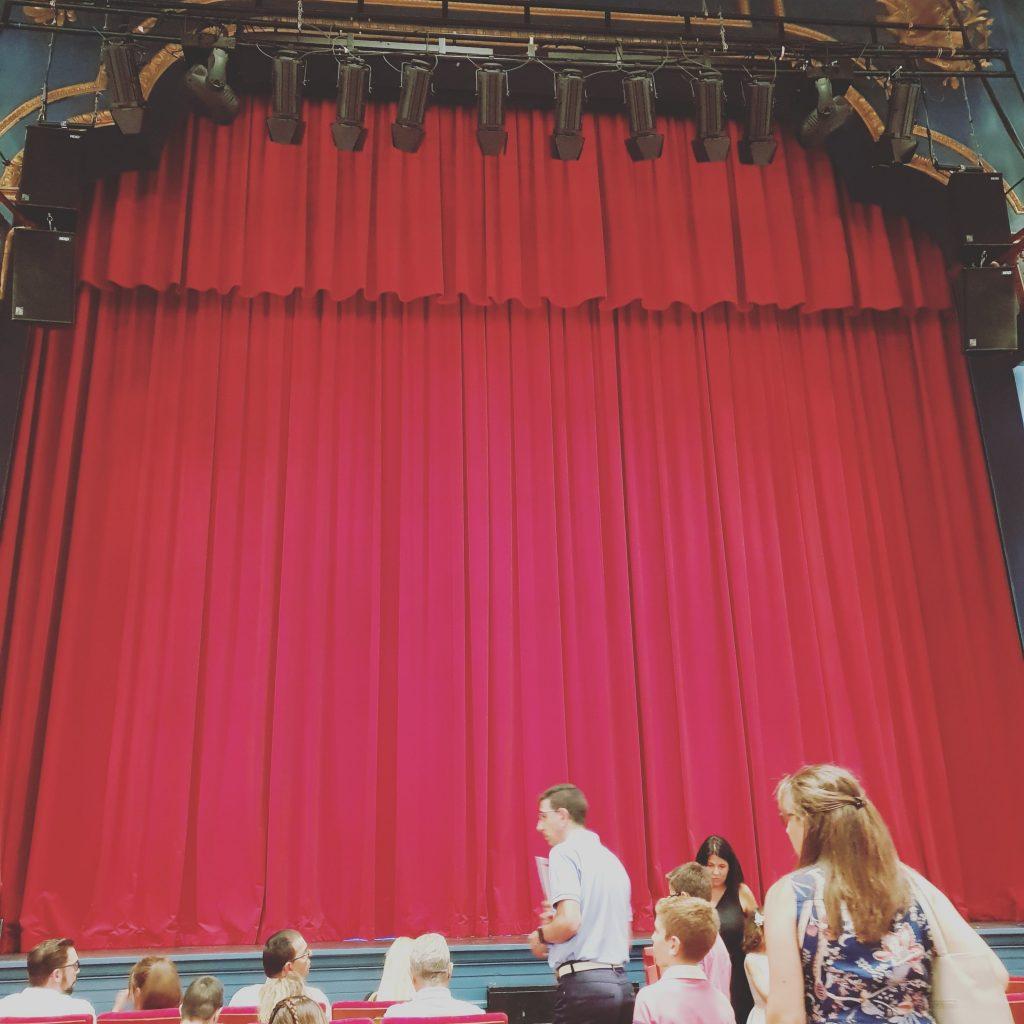 Un lujo de teatro